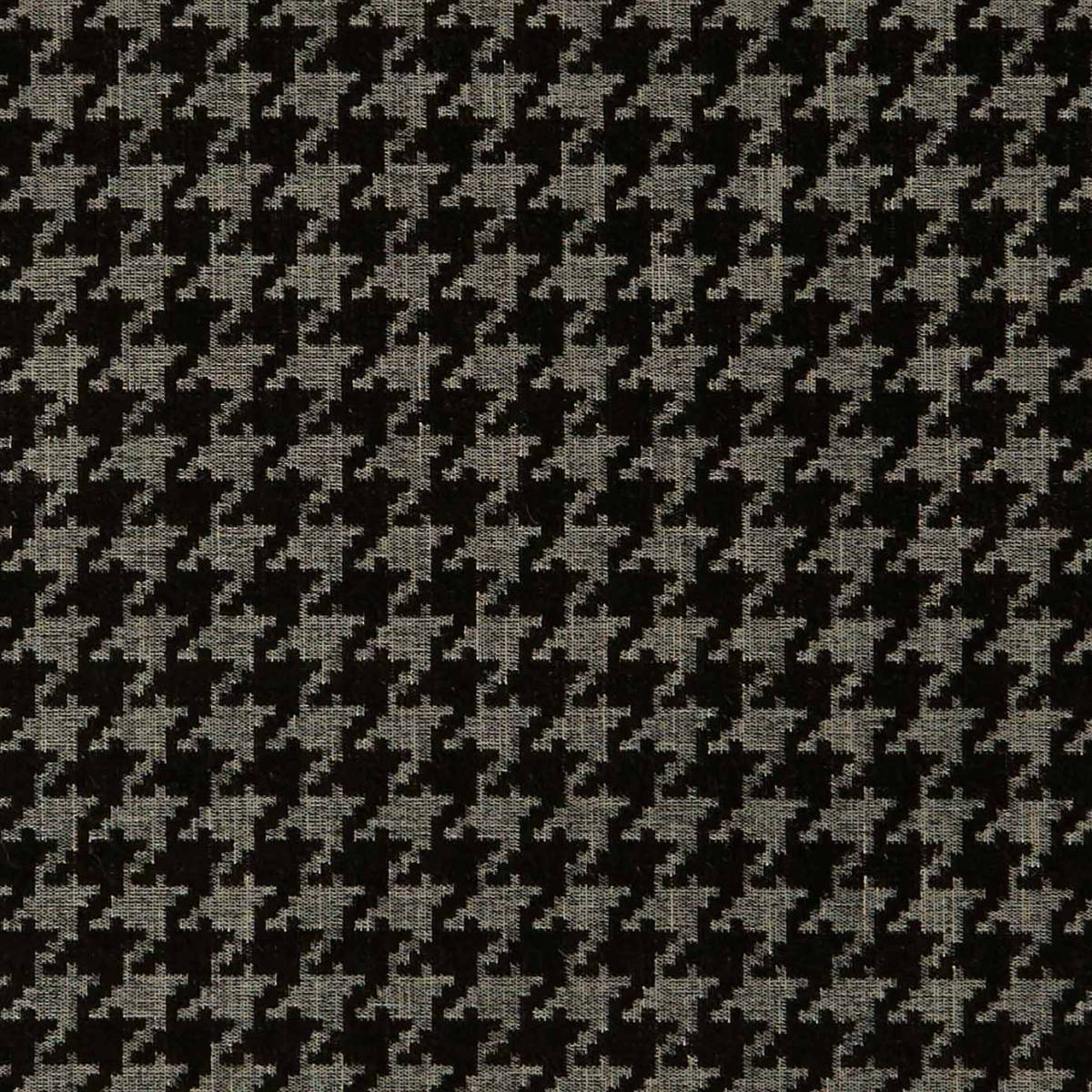 Curtains in bw1027 fabric black white f0900 01 for Black and white fabric
